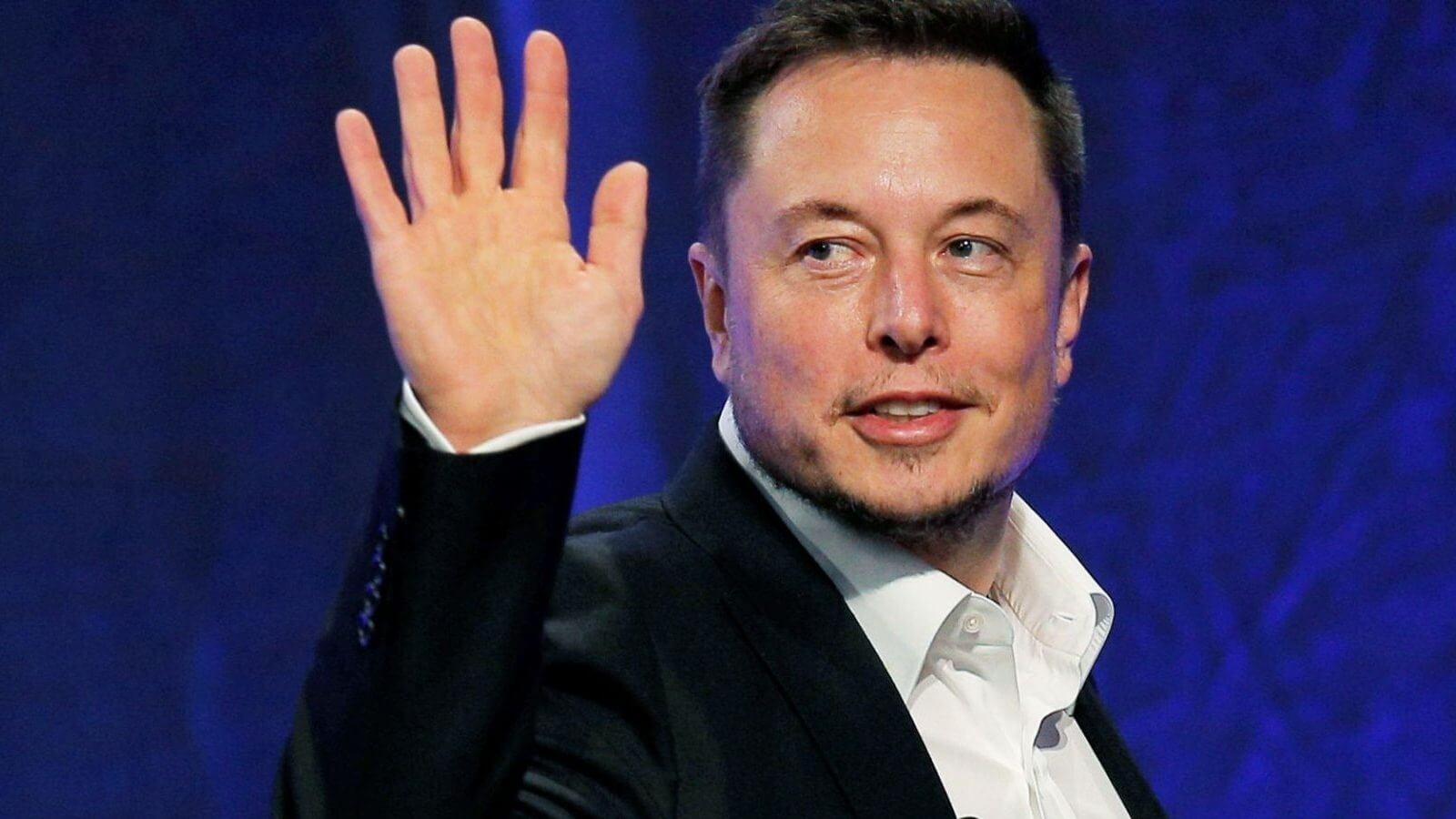 「現實版」鋼鐵人 Elon Musk:比特幣結構卓越,紙幣面臨消失危機