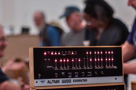 Altair 8800 區塊鏈是什麼樣子
